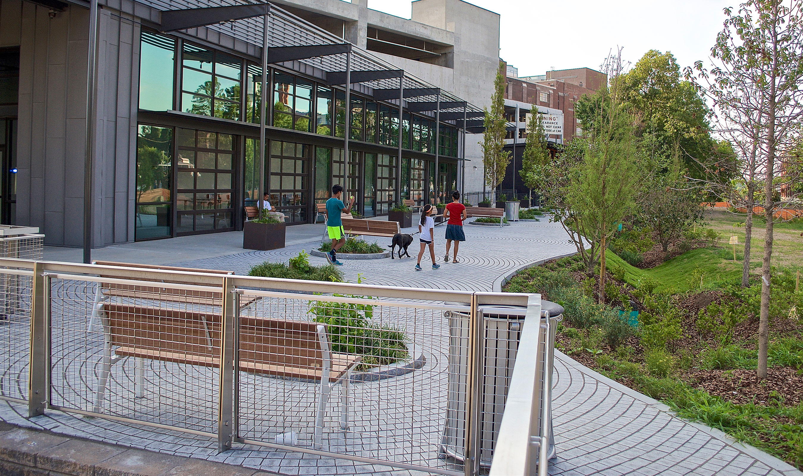 SJD-3 wire mesh in stainless steel graces some of the railings amidst trails and walkways.