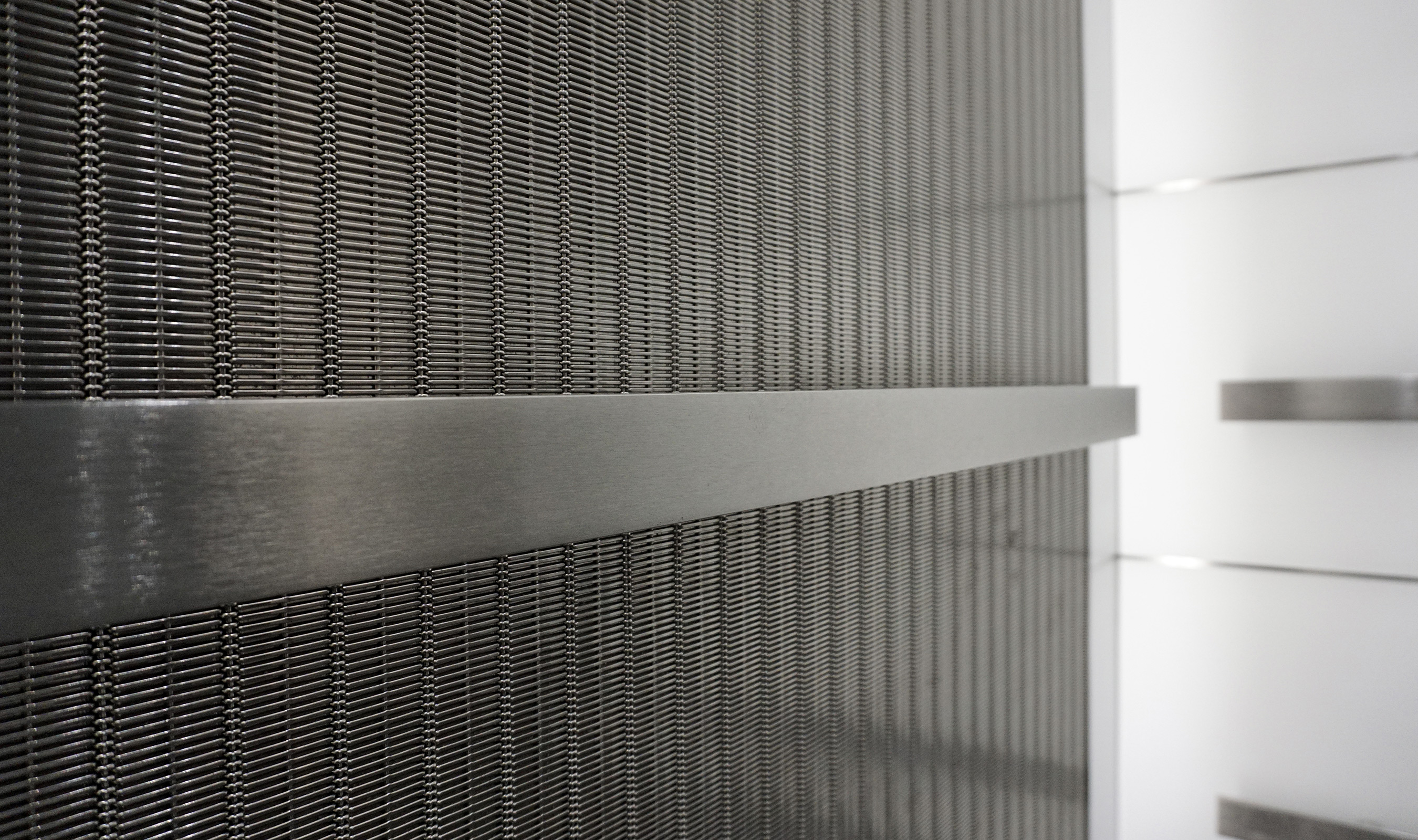 DF-6 wire mesh pattern used as elevator architectural cladding wall panels