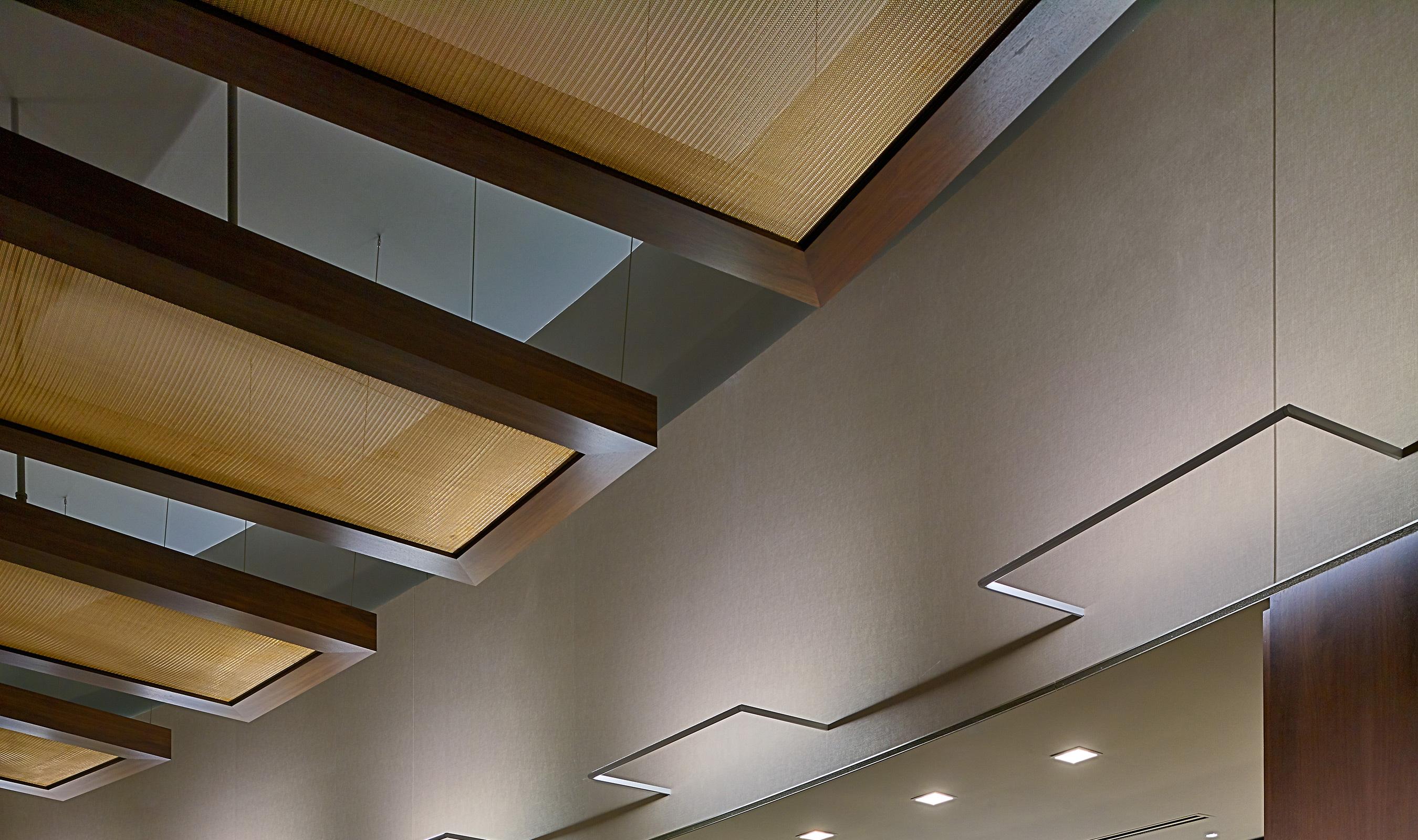 M13Z-293 Ceiling Accent