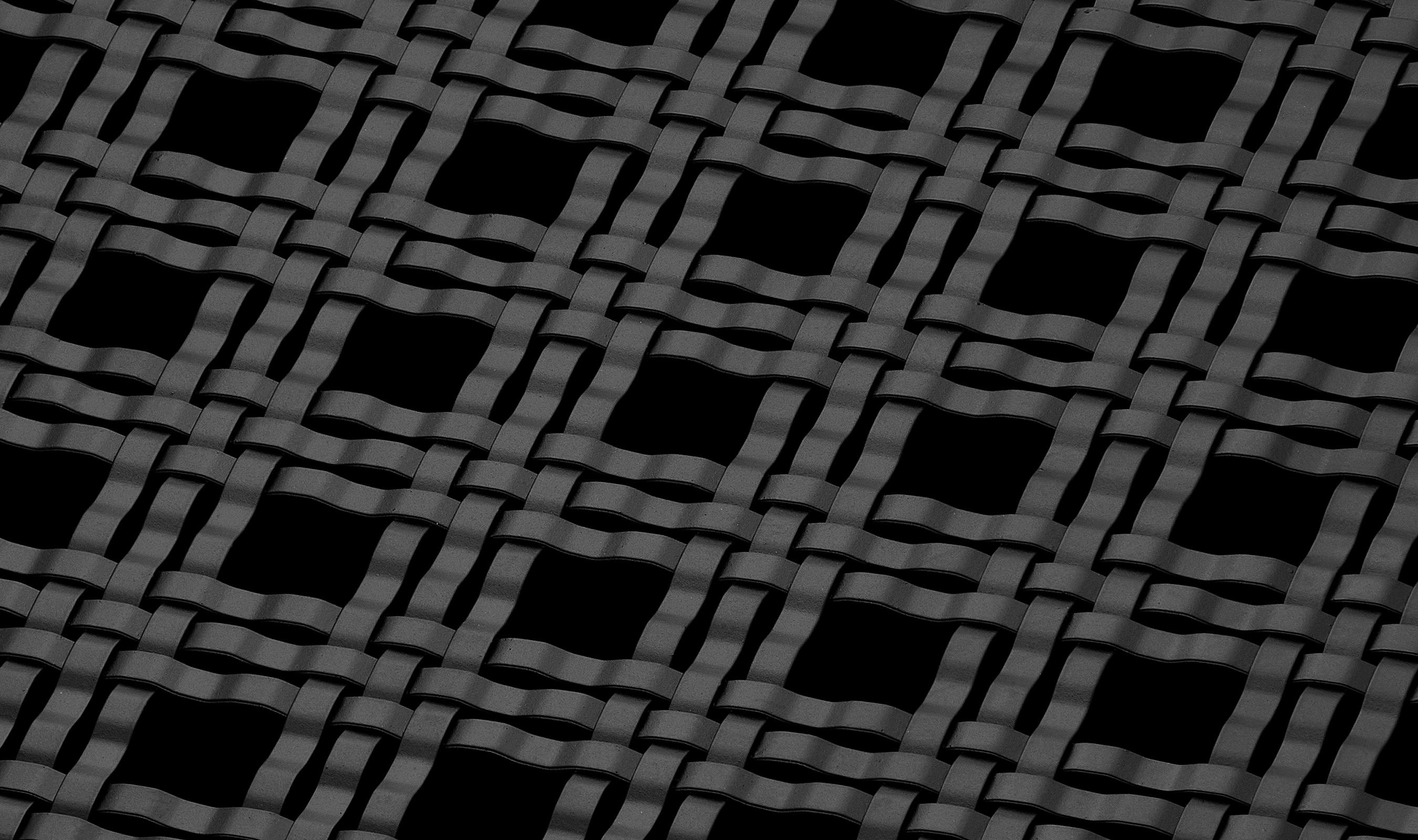 M33-5 Raven Black powder coated decorative wire mesh