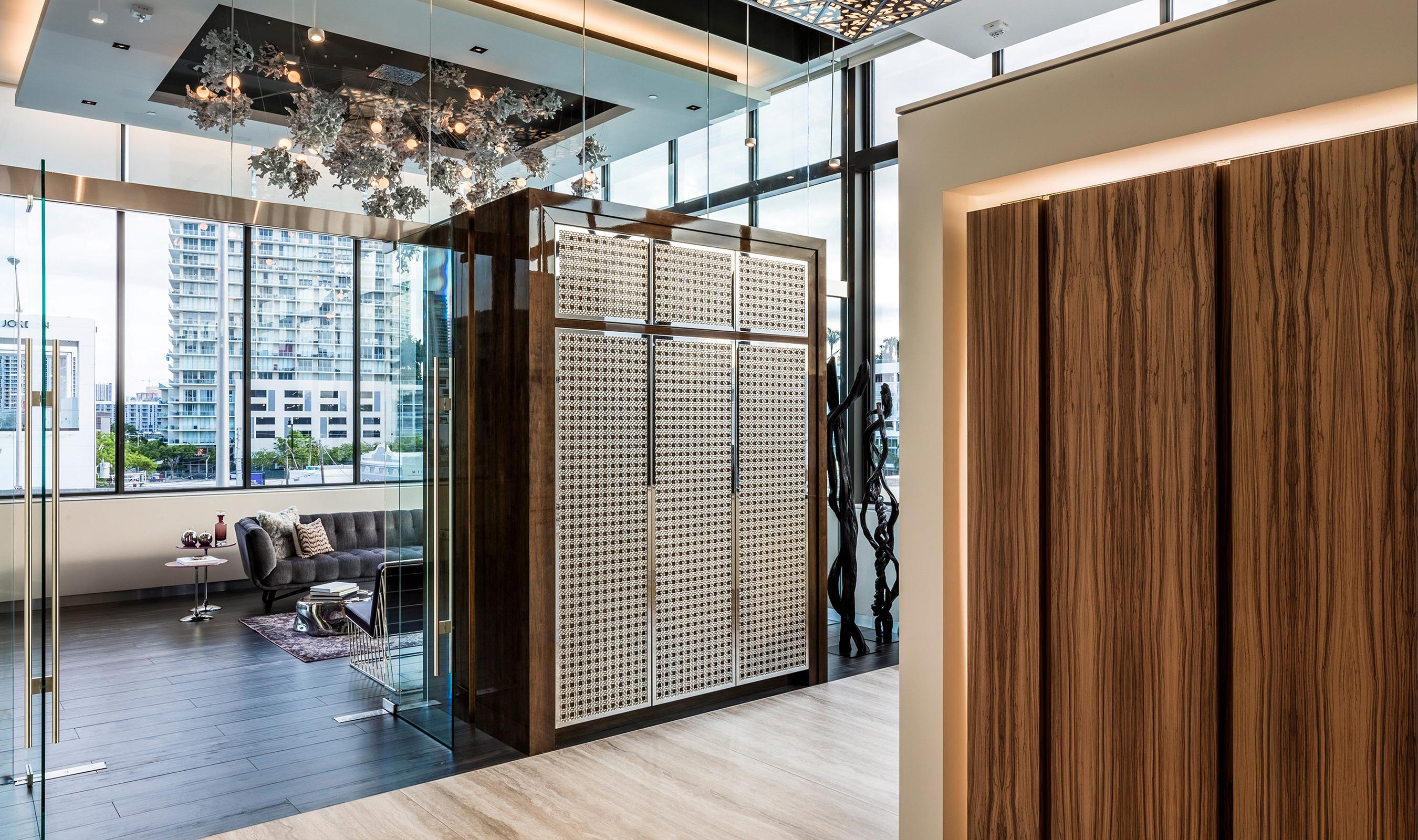 M33-5 wire mesh stainless steel kitchen showroom display