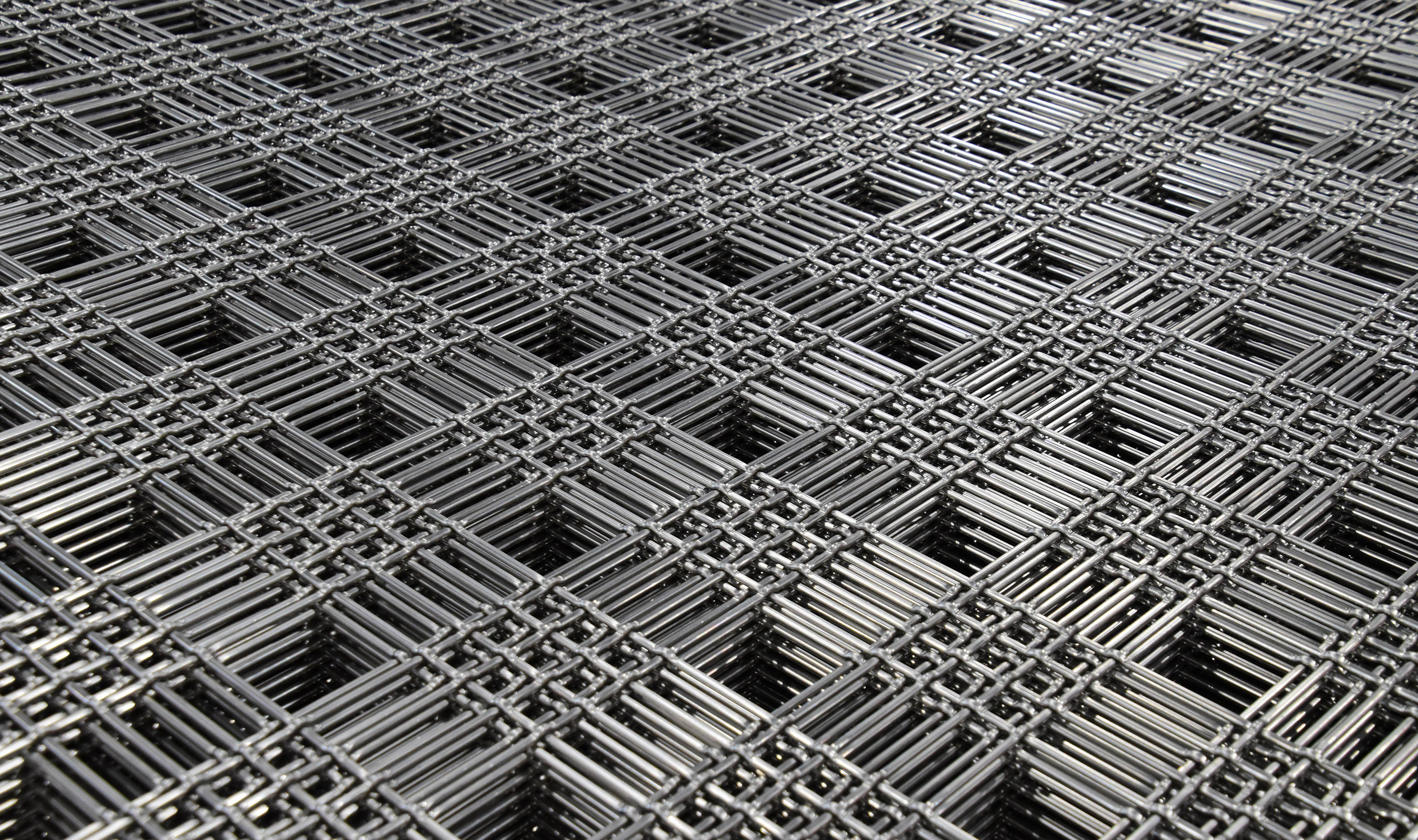 M44-2 aluminum wire mesh pattern from the production floor