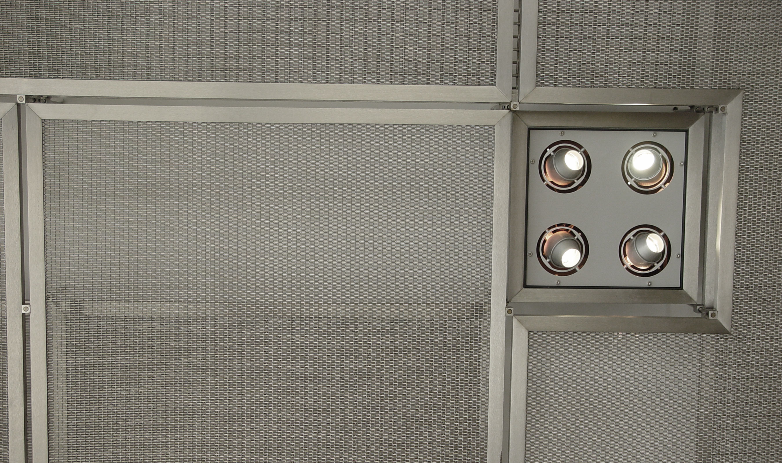 PZ-7 Stainless Steel Wire Mesh Pattern Ceiling application