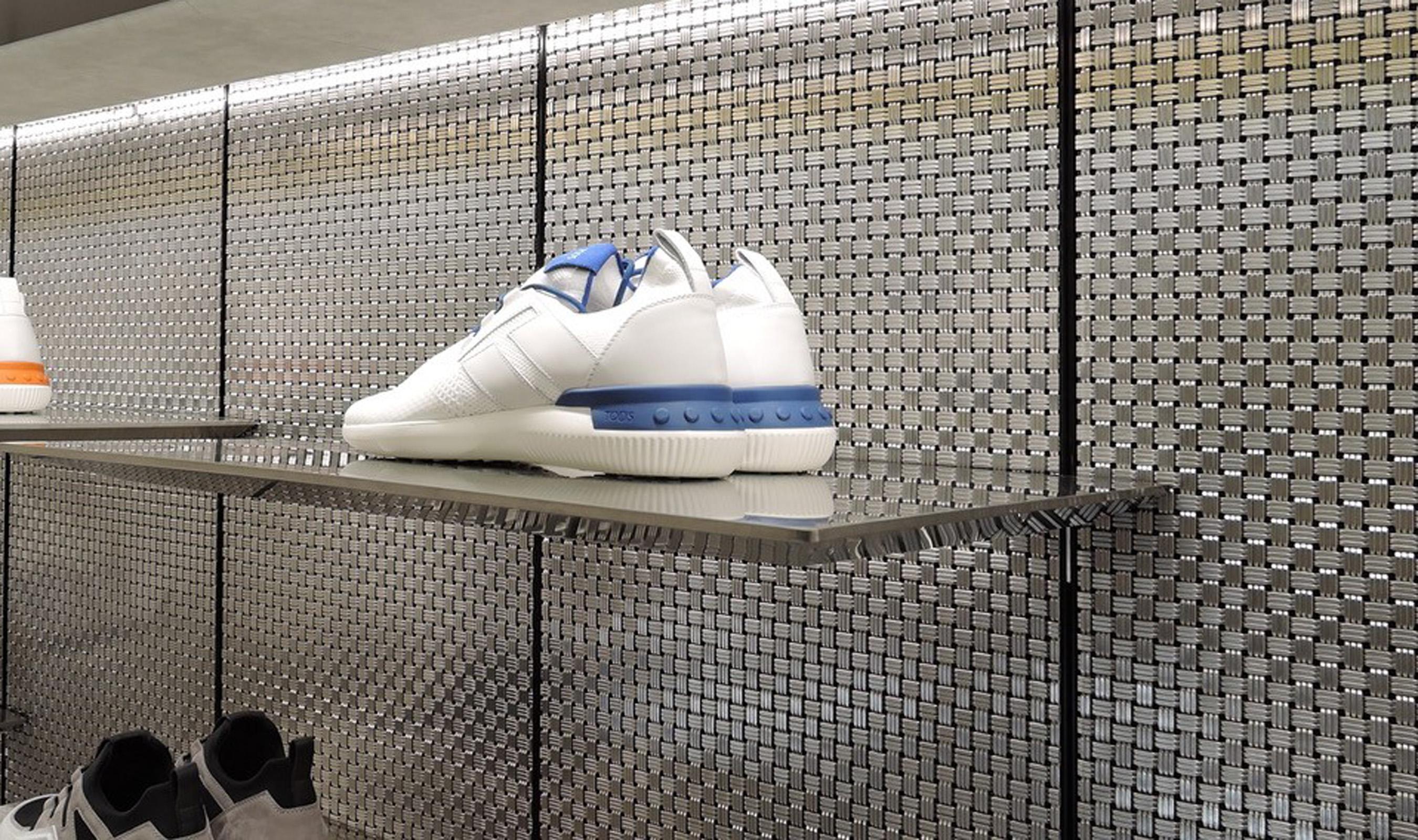 M33-2 Shoe Store Milan