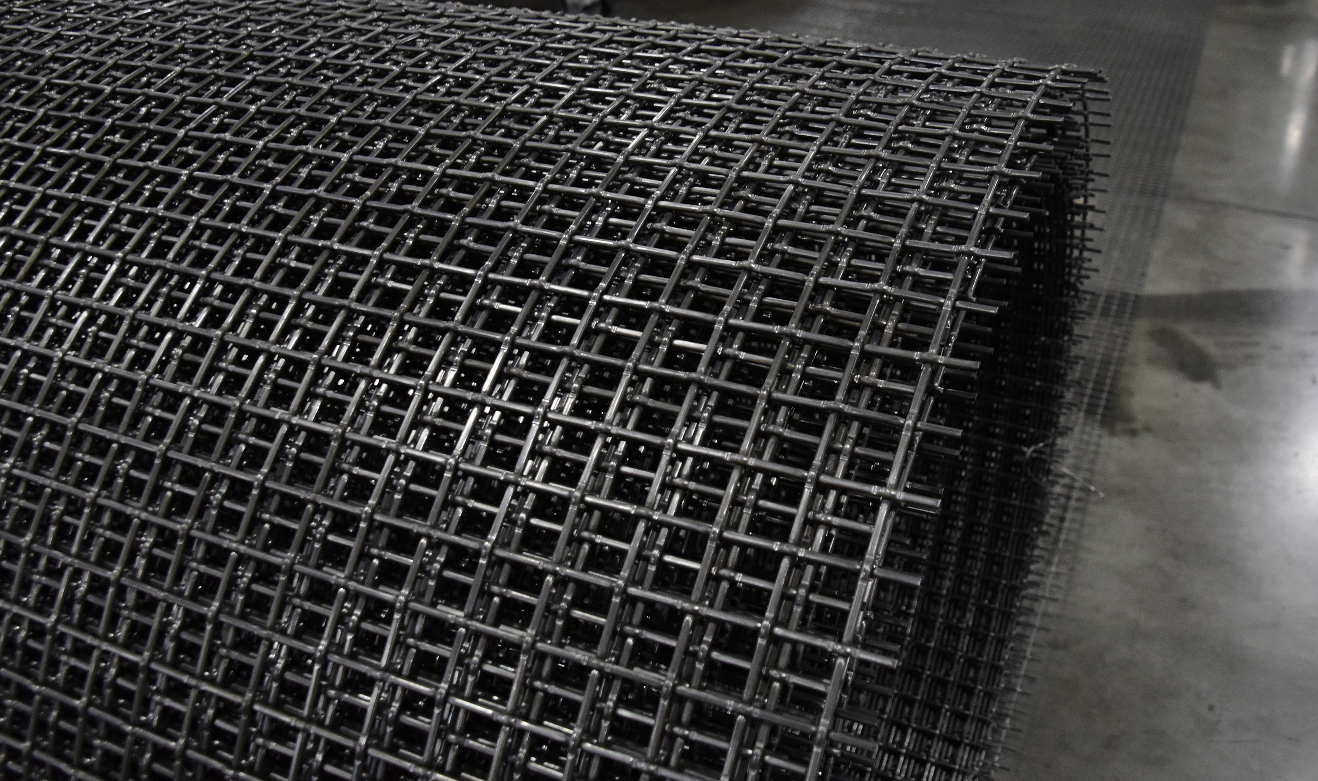 L-46 high carbon woven wire mesh