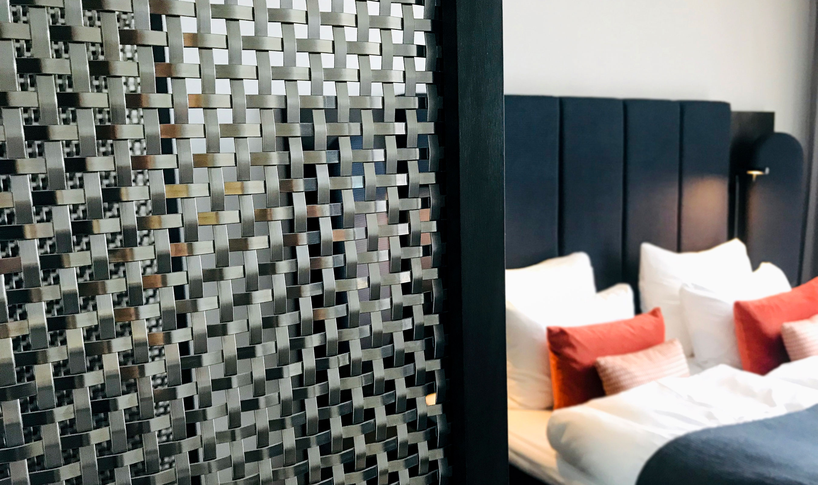 S-30 Stainless steel wire mesh hotel furniture