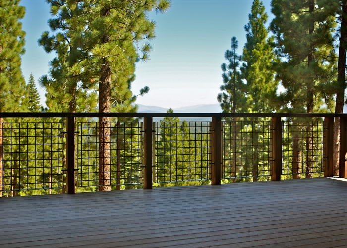Used at this Martis Camp Residence, Banker Wire's L-70 has a high percent open area that allows for uninterrupted views of the beautiful surroundings.
