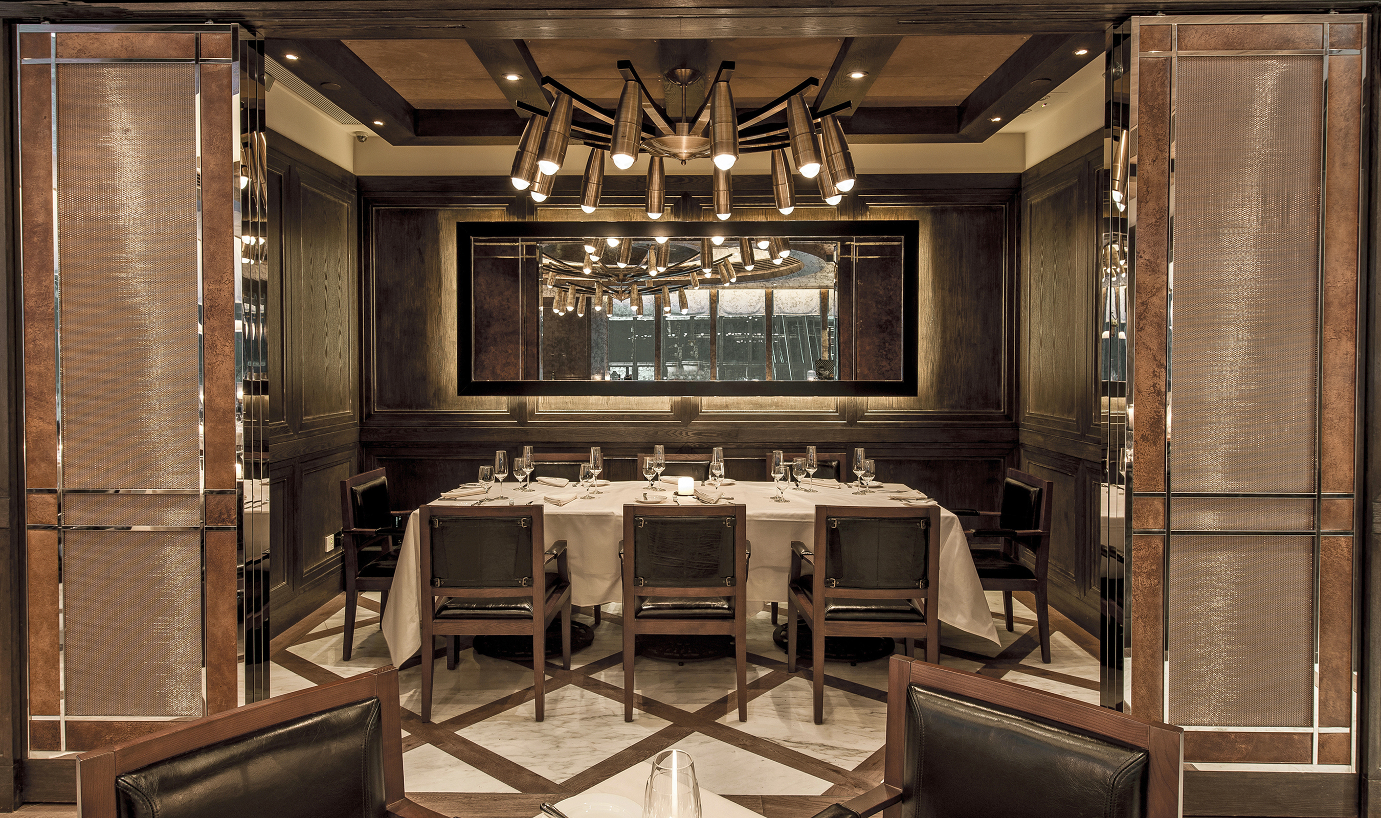 At Carnevino, three types of Banker Wire mesh complete a vintage racing-inspired aesthetic.