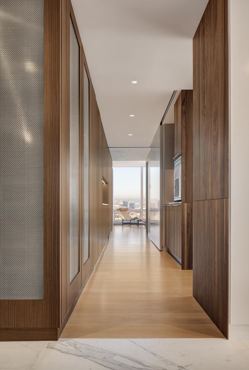 Chicago High Rise Luxury Apartment