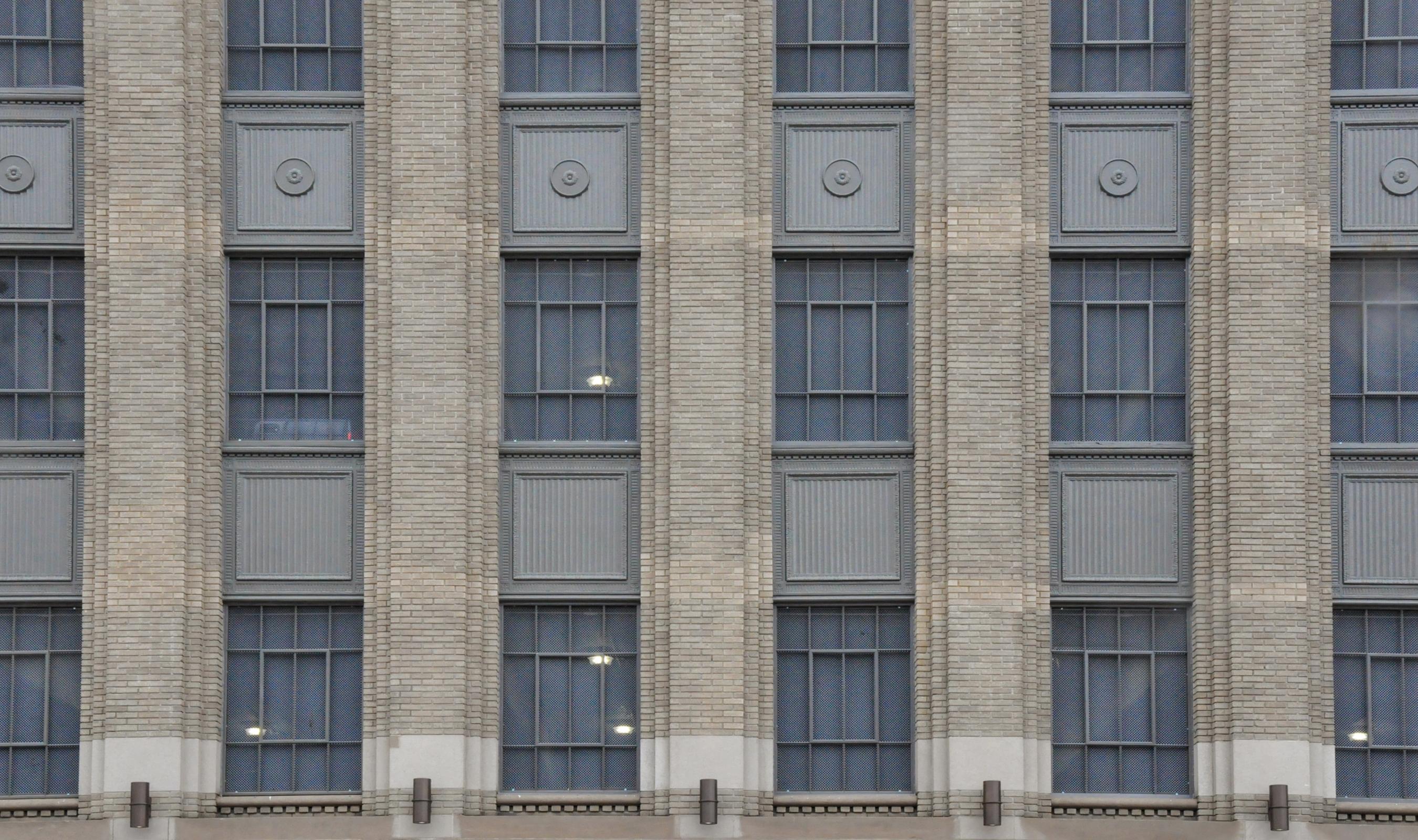 Wire Mesh window infills for Detroit News Parking Garage
