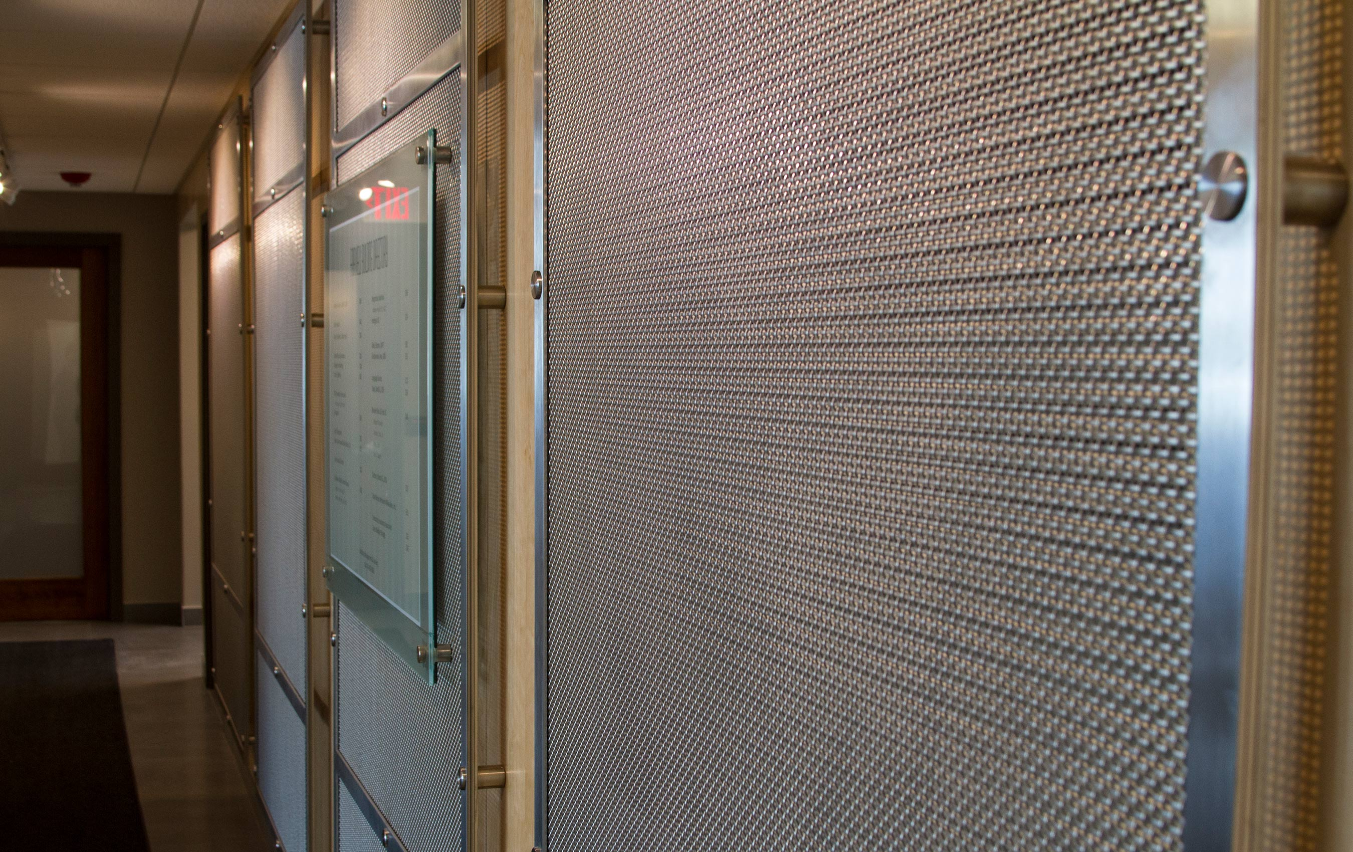 SZ-4 is a beautiful decorative mesh that makes a stunning visual impact in any application.