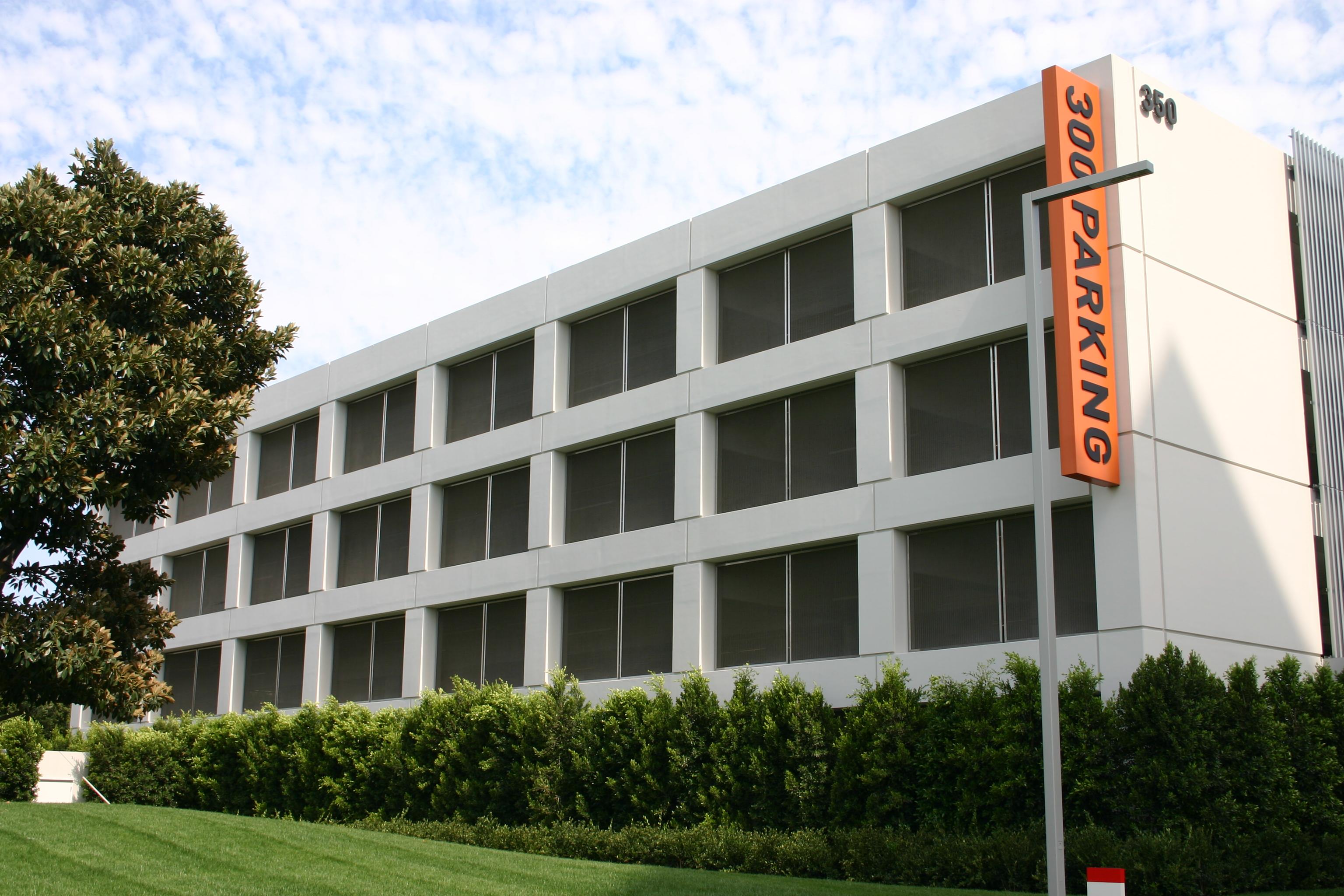 Irvine Spectrum Center Parking Garages
