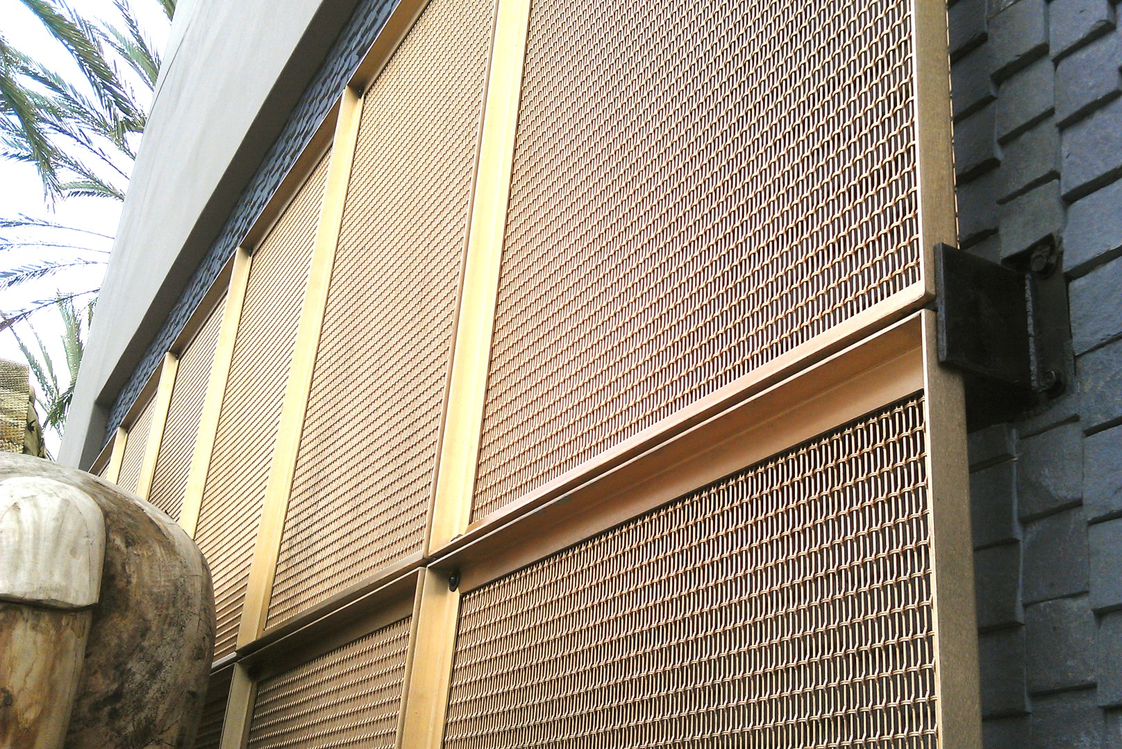 """The designer chose to use the """"back"""" of this woven wire mesh pattern, to show off its bumpy texture."""