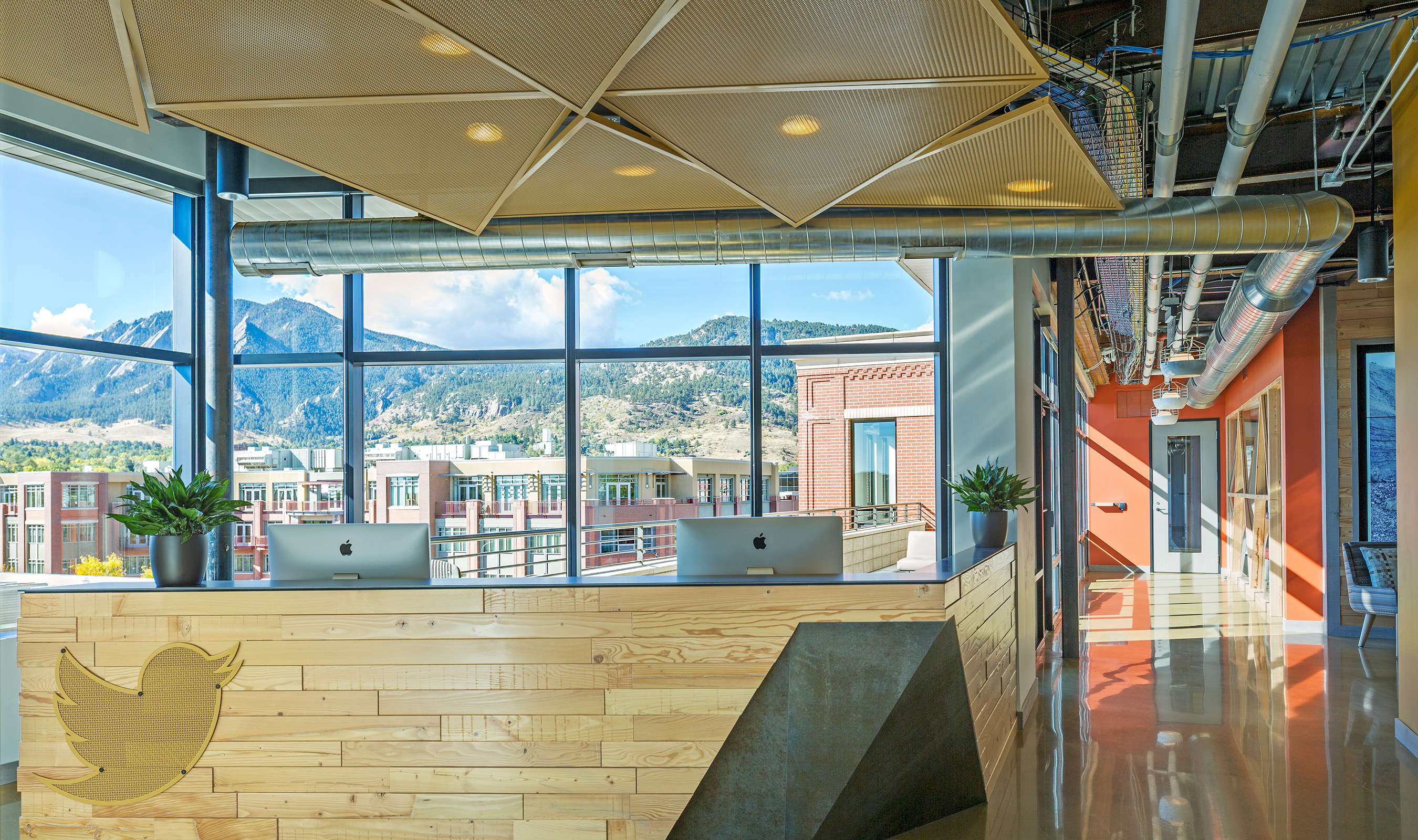 TW-1 woven wire mesh is a stunning addition to the ceilings of Twitter's Boulder office.