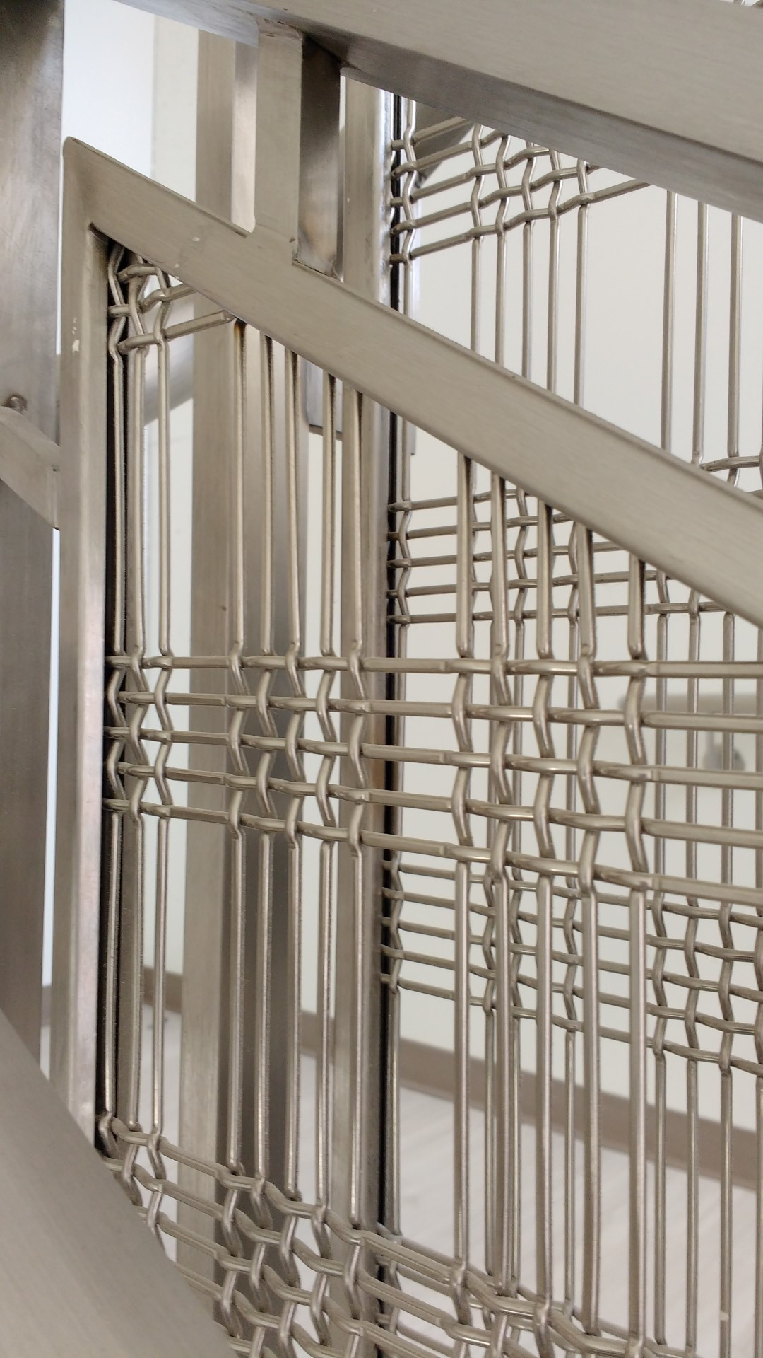 The M55Z-2 woven wire mesh is a beautiful rectangular 5 wire repeat pattern with a high percent open area.