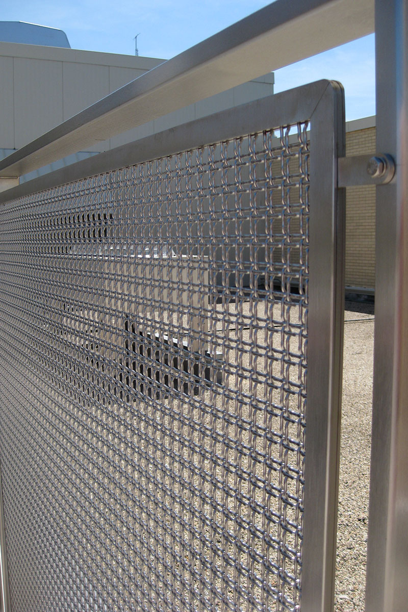 The Banker Wire Versatile Spine infill panel system is thin and strong. Completely customizable, the Versatile Spine wire mesh frame can be designed to your suit you design needs.