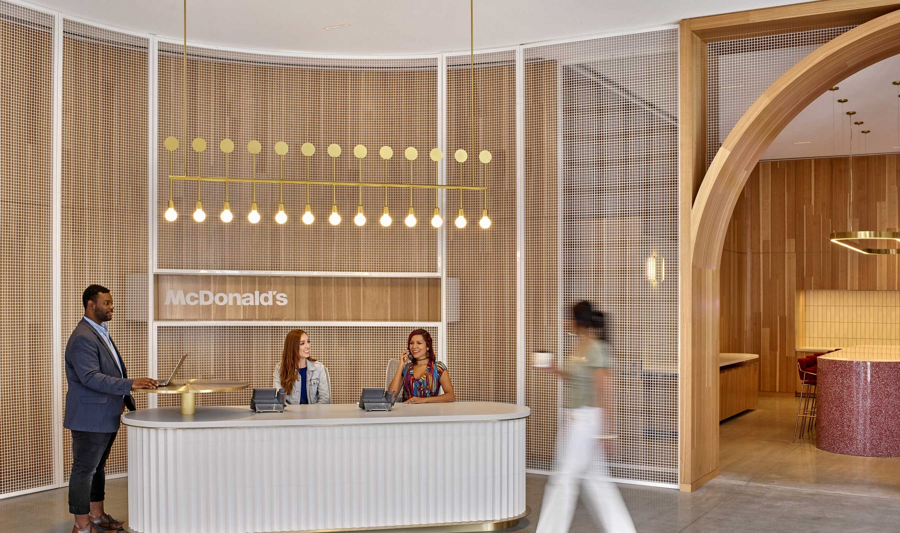 McDonald's Headquarters in Chicago feature Banker Wire's L-81 woven wire mesh as ceiling panels and interior space dividers.