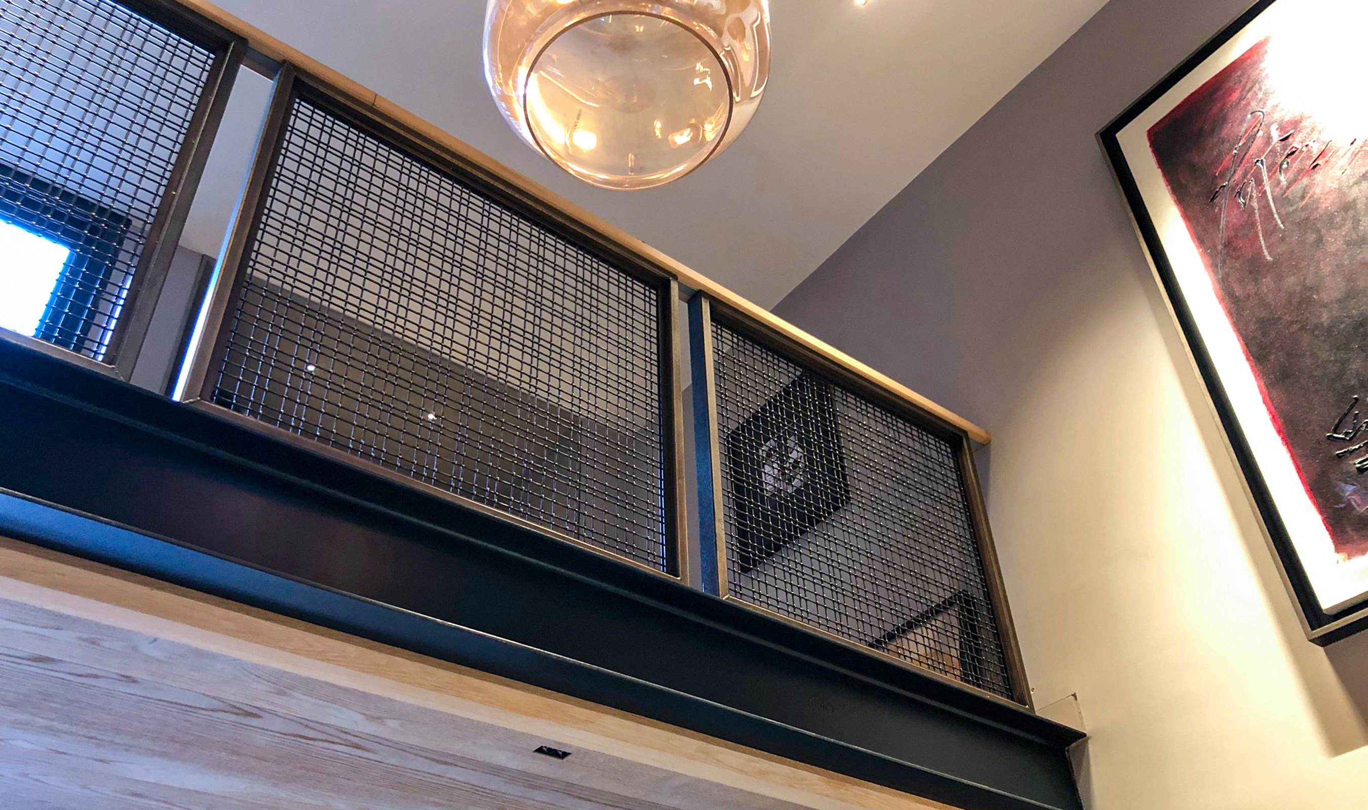 The SJD-2 wire mesh pattern is unique, appearing almost never ending with it's extra large repeat pattern.