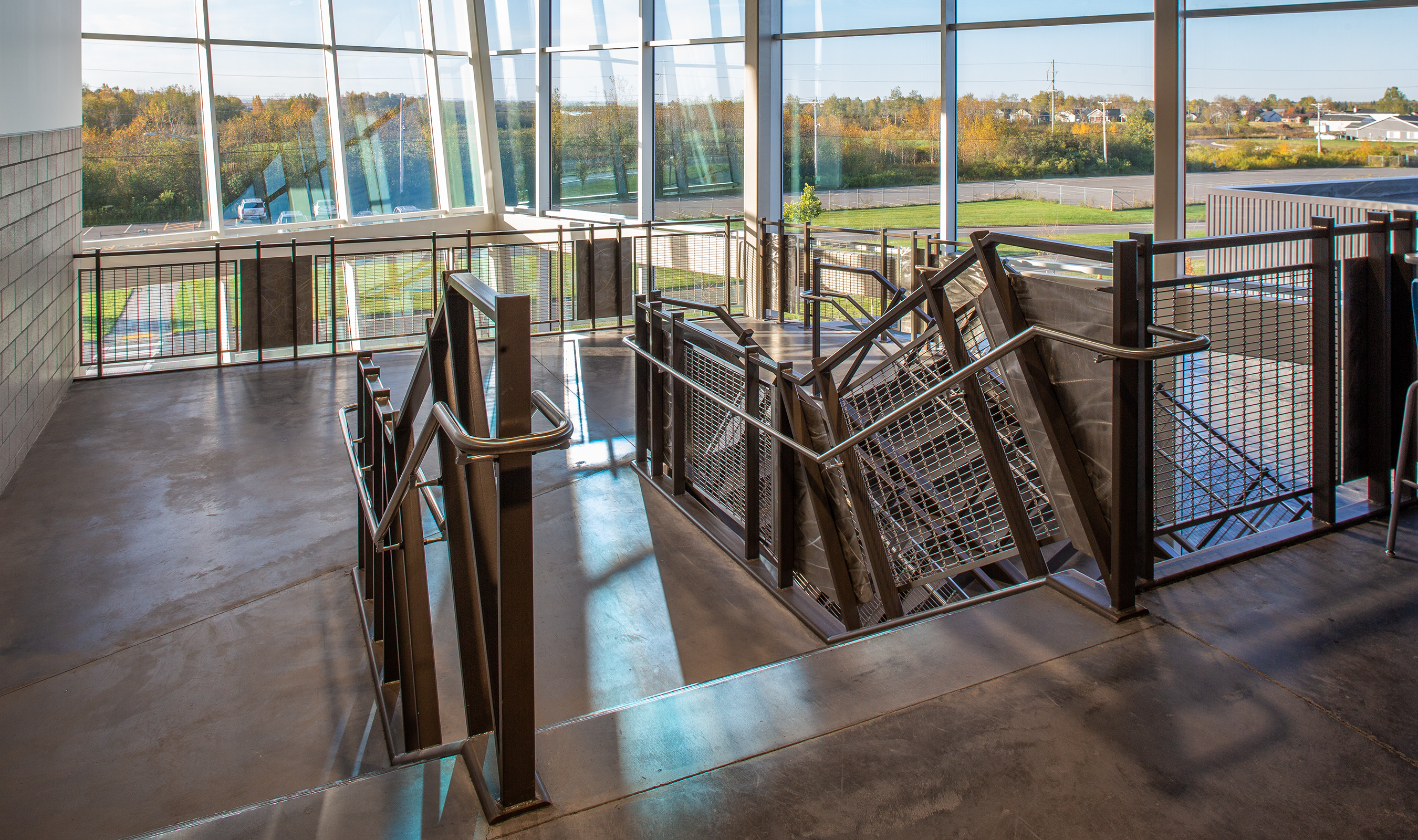 The design and large percent open area of Banker Wire's M13Z-7 woven wire mesh pattern provides uniterrupted sight lines while still providing the safety and sturdiness of railing infill.