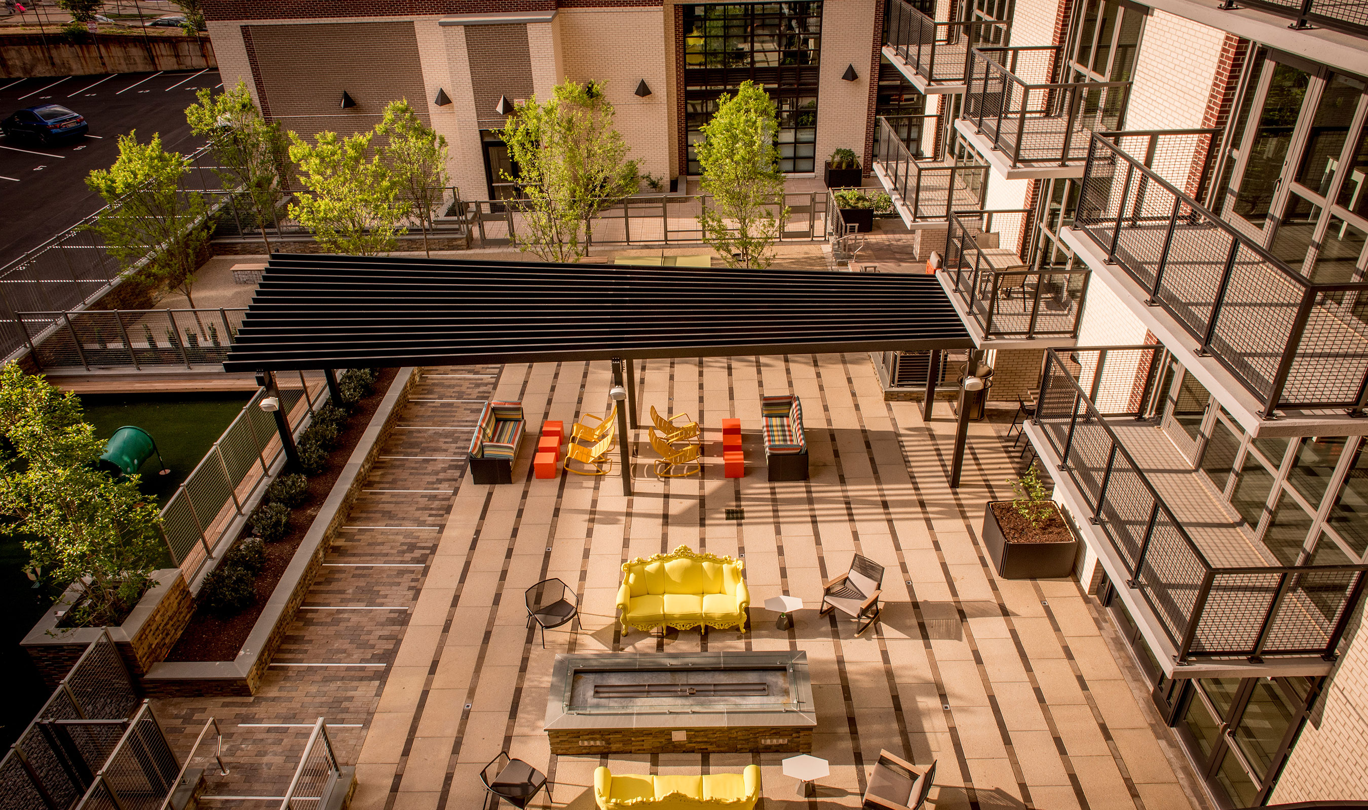 Banker Wire's L-62 and LZ-11 woven wire mesh used on the balconies, railings, and pet park enclosure of AVA NoMa.