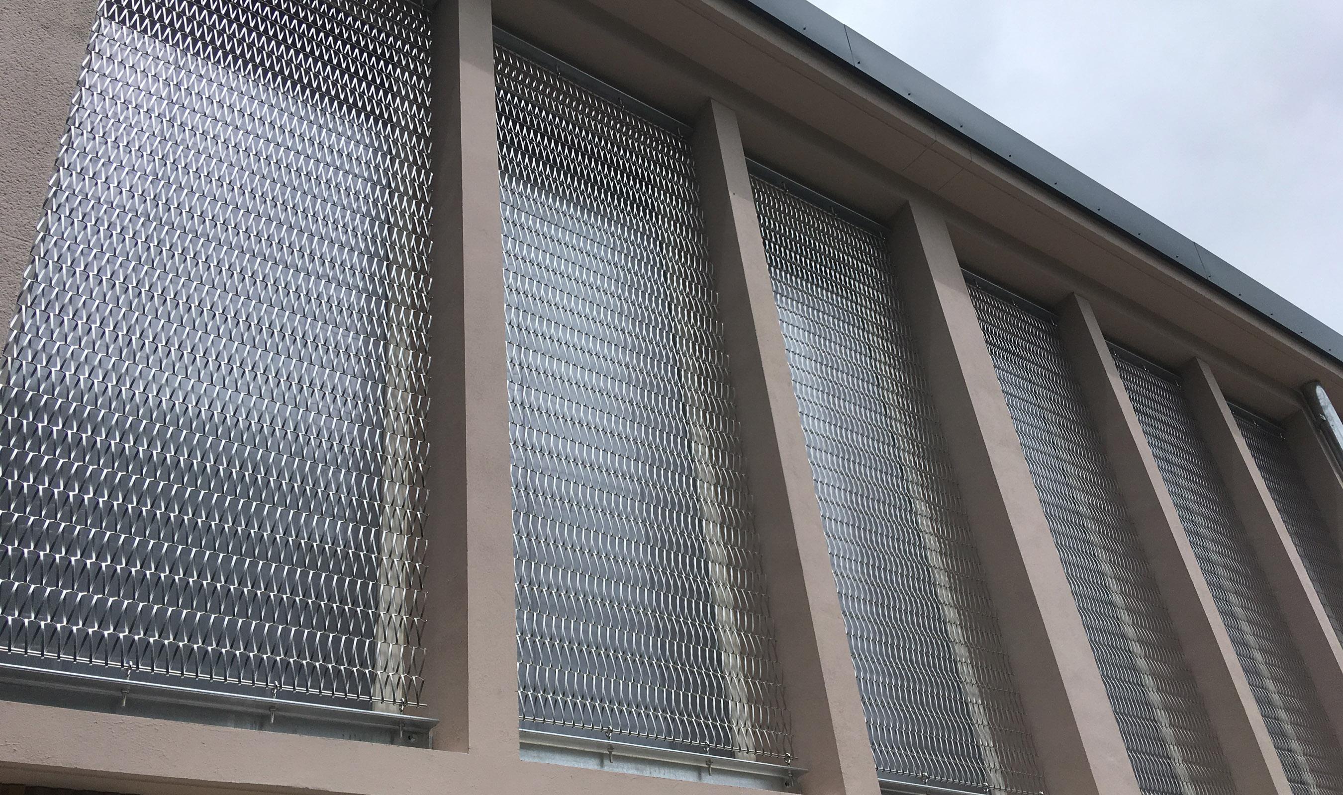 Dune 40100 flexible mesh for window guards
