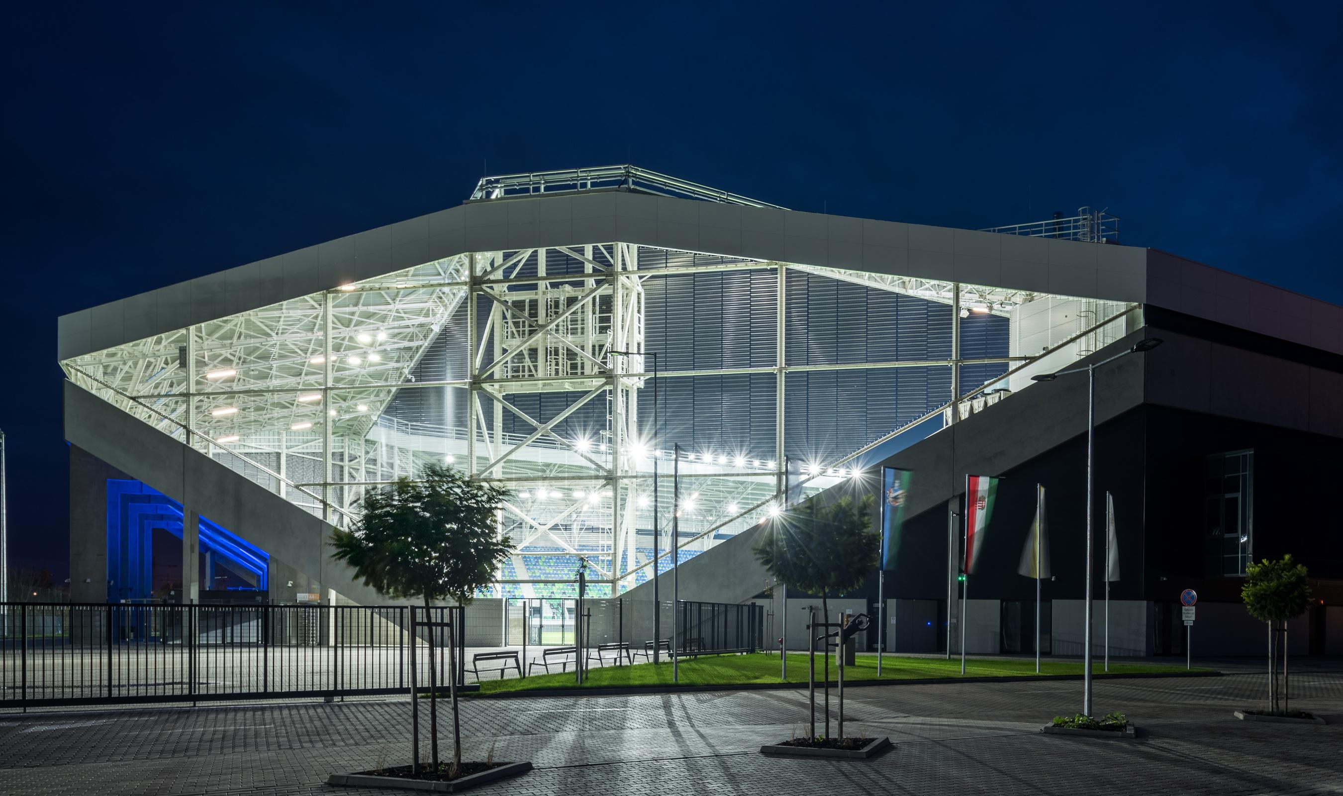 Dune 40100 flexible mesh for Stadium Facade