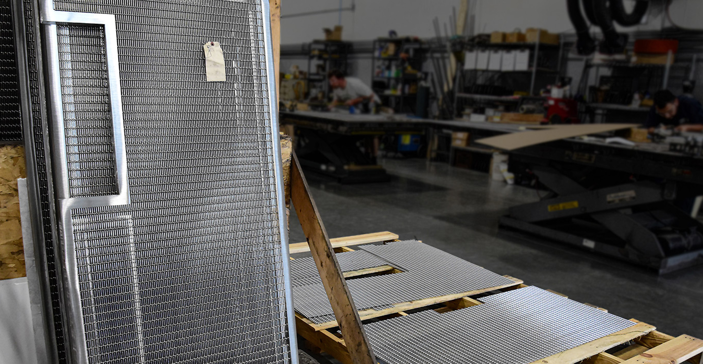 Banker Wire U-edge frames in fabrication